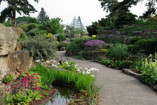 Landscaping Rocks Vallejo Ca : Gardens castles of england and wales tour gardening with charlie